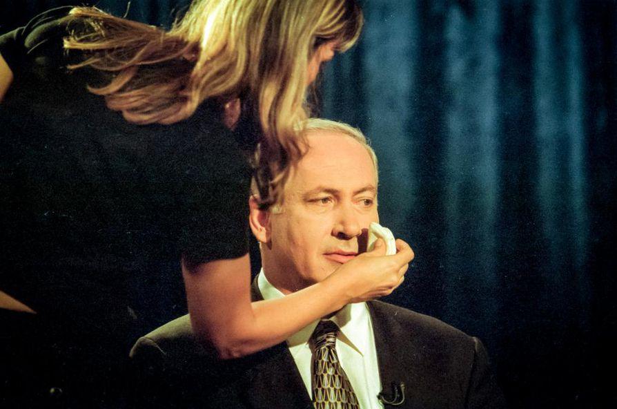 Benjamin Netanjahu (kuvassa) on Israelin pitkäaikaisin pääministeri ja taitava hyödyntämään mediaa.