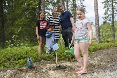 Ansa iloitsee harrastusten jatkumisesta – Koillismaalla löytyy kesätekemistä lapsille koronasta huolimatta
