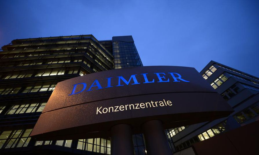 Mercedes-Benzin emoyhtiö Daimler myönsi tarkastuksen.