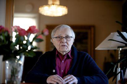 """Kalevi Silvola kirjoitti isovanhempiensa tarinan: """"Suuri taakka putosi harteilta"""""""