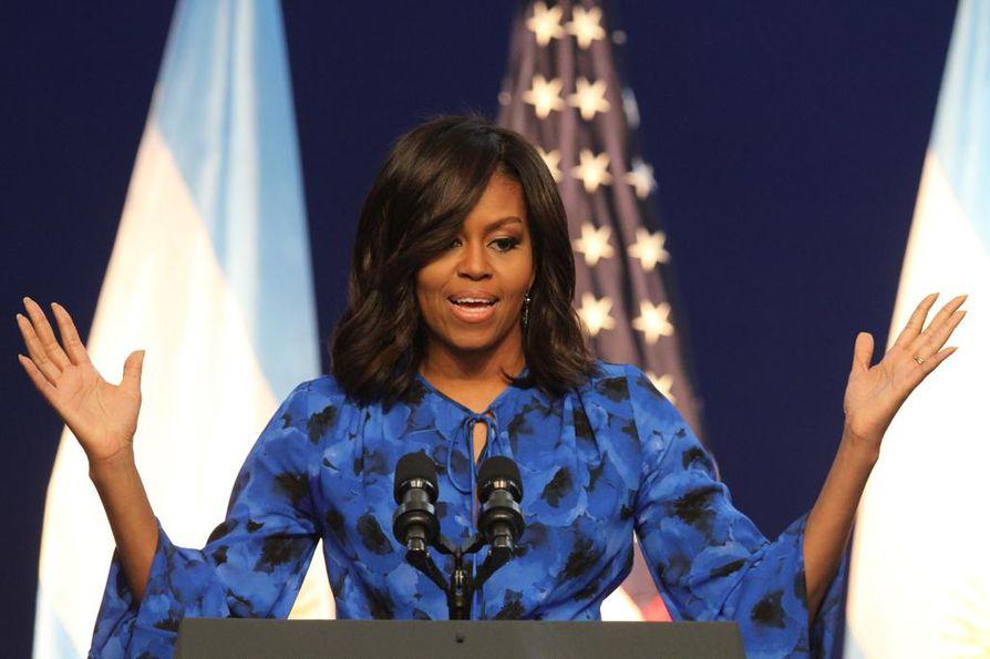 Michelle Obama puhui Buenos Airesissa Argentiinassa viime maaliskuussa. Hänen puheenkirjoittajanaan on toiminut juristitaustainen Sarah Hurwitz.