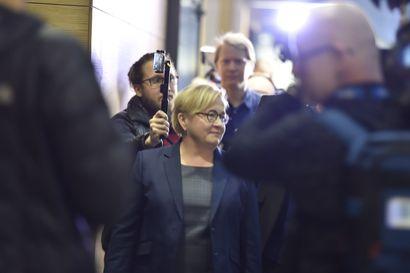 Asianajajan mukaan alaikäinen näki Jari Sillanpään aktin hierojan kanssa – oliko kyse vahingosta vai tarkoituksellisuudesta?