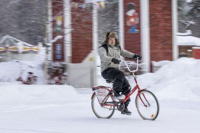 Sykkelit katosivat Oulun katukuvasta, mutta vuokrattavan menopelin voi jatkossa löytää Nallikarista tai polkupyörämyymälästä