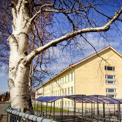 Kemin Syväkankaan koulun oppilaalla todettiin koronatartunta – 8. ja 9. luokan oppilaita kehotetaan pysymään kotona seuraavat kaksi viikkoa