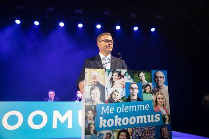 """Kokoomuksen johdossa jatkava Petteri Orpo arvosteli hallitusta kovin sanoin linjapuheessaan: """"Ajamme päin seinää ykkösluokassa"""""""