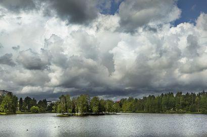 Marjastussää pilvinen Lapin alueella alkuviikosta – paikallisia sateita voi ilmaantua