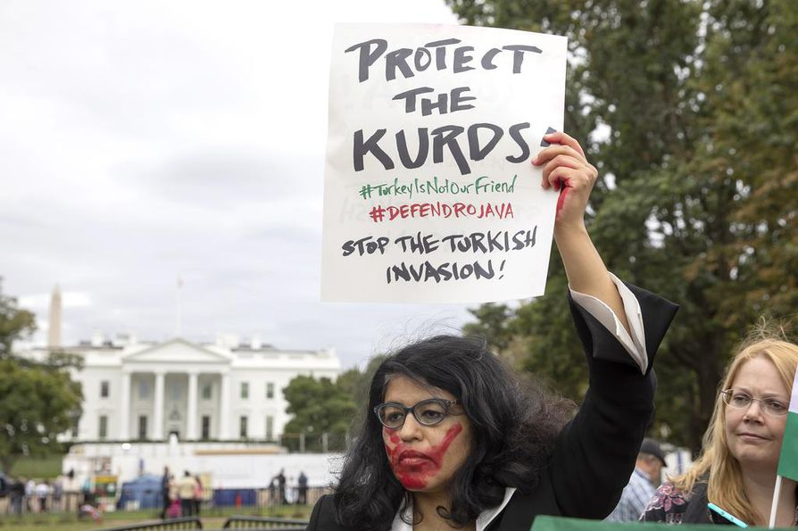 Turkin hyökkäys Syyriaan herättää huolta kurdien oikeuksista.