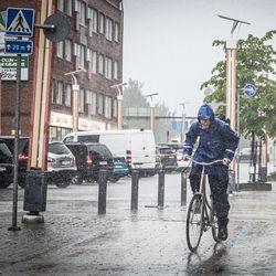 Rovaniemellä satoi maanantain aikana yli 60 milliä vettä – rankkasateet työllistivät pelastuslaitosta Etelä-Lapissa