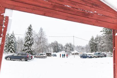 """Kohta loppuu tuntikausien jonottaminen –Pienen Karhunkierroksen parkkipaikan laajennus on tulossa: """"Josko jo ensi vuoden puolella päästään liikkeelle"""""""