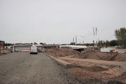 Tietyöt jatkuvat Pudasjärvellä – liikenneympyrä on tarkoitus ottaa elokuussa käyttöön