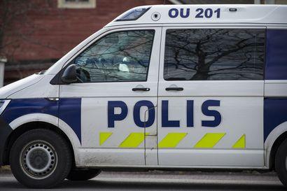 Kaksi miestä kuoli eilen sattuneessa rajussa ulosajossa Paavolassa