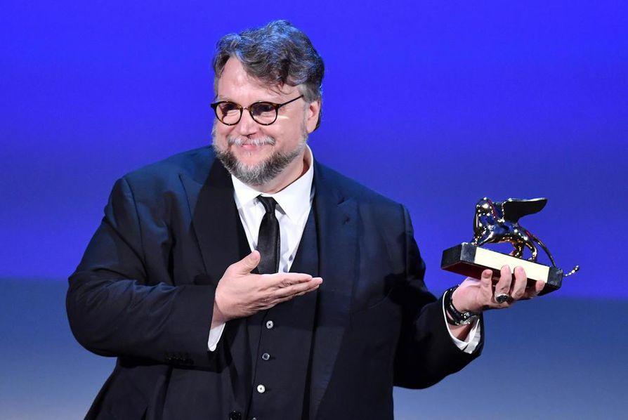 Guillermo Del Toron elokuva voitti Venetsian filmijuhlien pääpalkinnon.