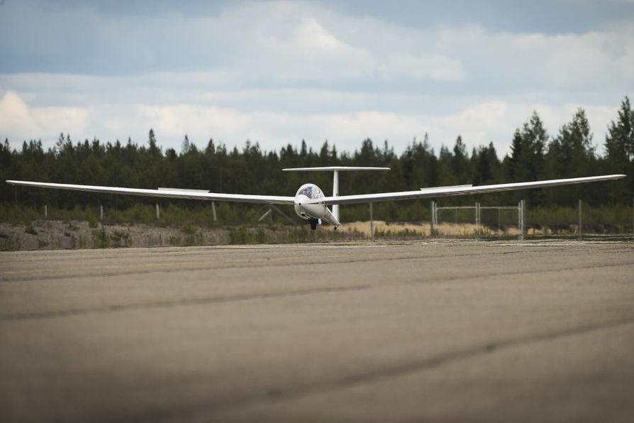 Pudasjärven lentokentällä oli tarkoitus järjestää vanhoillislestadiolaisten Suviseurat kesällä 2022. Nyt tapahtuma pyritään siirtämään kesään 2023.