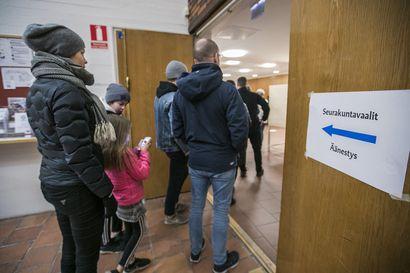 Oulussa jonotettiin uurnille seurakuntavaalipäivänä