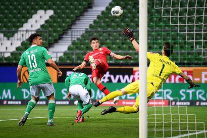Lukas Hradeckyn Leverkusen leikitteli putoamisvaarassa olevan Werder Bremenin kustannuksella