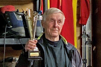 Mourunki Run -tapahtuman yhteydessä palkittiin 205 maratonin mies – Katso Heikki Paukkerin ennätykset ja Mourunki Runin tämän vuoden tulokset