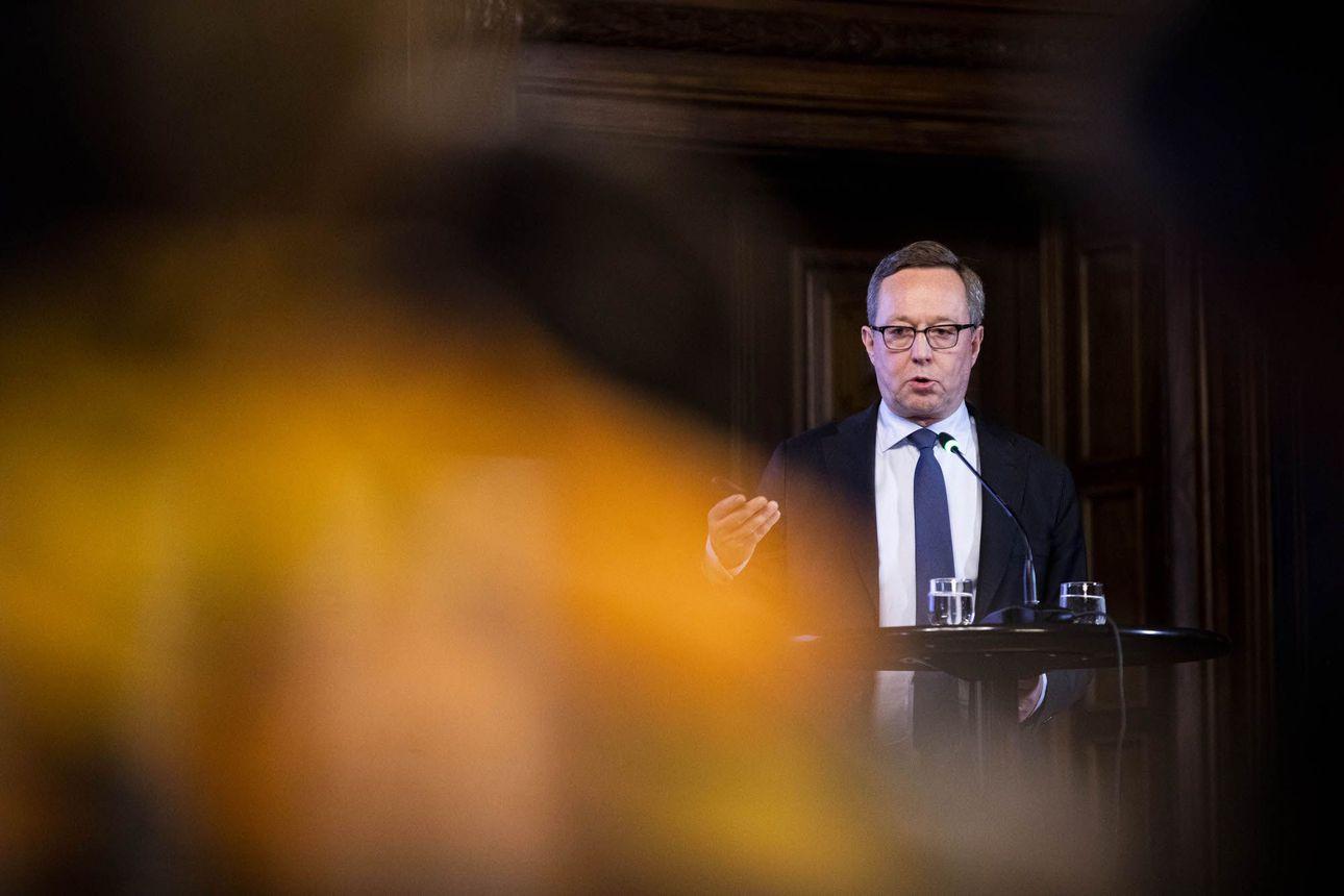 """Spekulaatiot Kulmunin korvaajasta käyvät kuumina – Mika Lintilä on valmis jälleen valtiovarainministeriksi: """"Eihän noista paikoista kieltäydytä"""""""