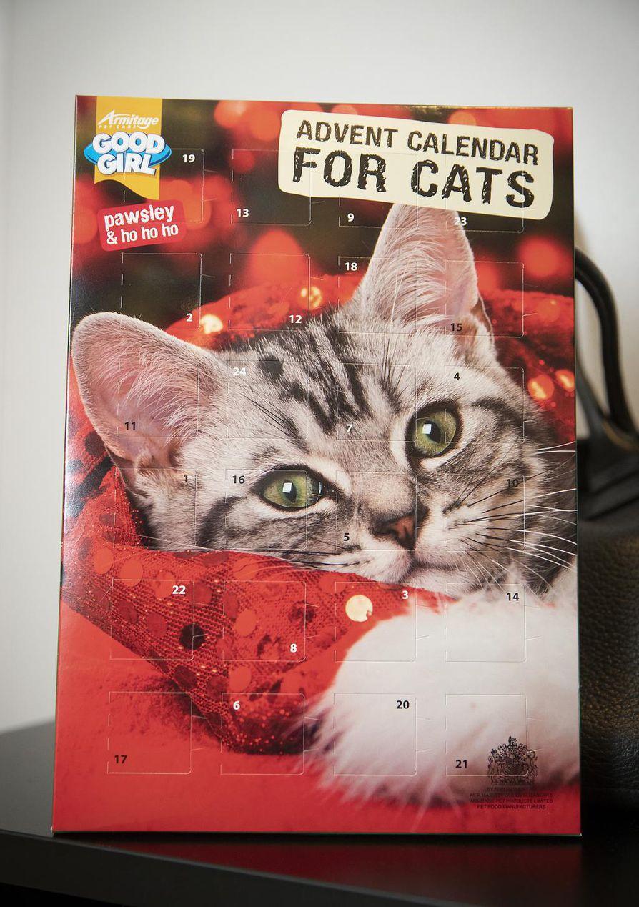 Kissojen joulukalenterista paljastuu suklaan sijaan lihaisia herkkuja.