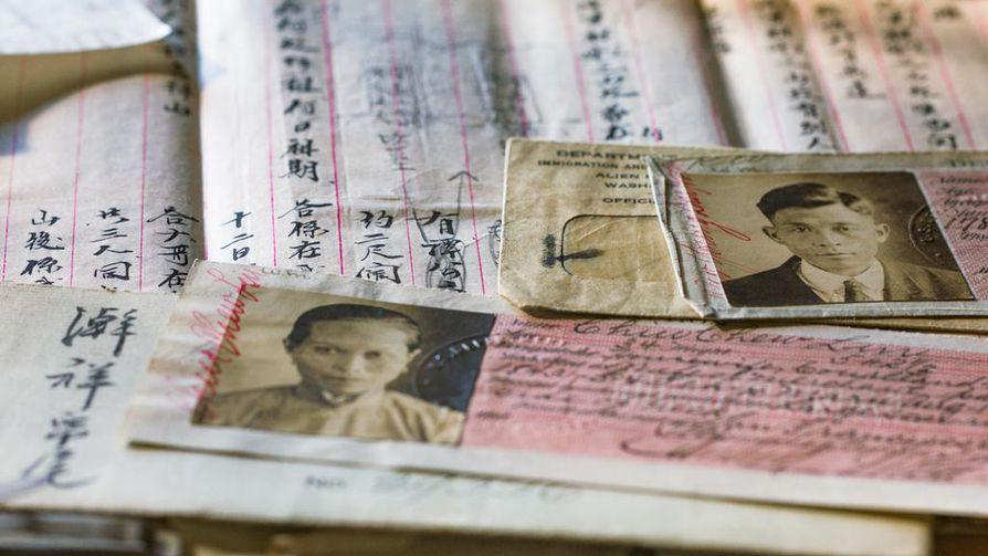 Kiinalaisten maahanmuutto Yhdysvaltoihin kiellettiin yli 60 vuodeksi. Myös Yhdysvalloissa vaadittiin maan sisäinen henkilötodistus.
