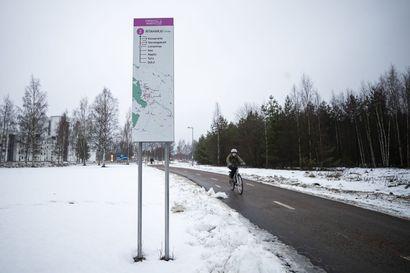 Oulun Teatterin avustusleikkauksessa päädyttiin 150 000 euron kompromissiin – kaupunginvaltuuston äänestyksessä sählinkiä