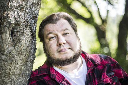 Tervolalainen elokuvaohjaaja teki elokuvan punkkitautiepidemiasta – Joonas Berghäll sairastaa itsekin borrelioosia