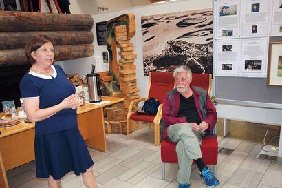 Kemijärven juhlaviikot käyntiin taidenäyttelyillä ja musiikilla – vieraat pääsevät kiertoajelulle Taivaan tulet -tv-sarjan merkkipaikoille