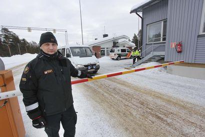 Ostosmatkailu hiipuu pohjoisessa: Murmanskin maaherra pyytää kansalaisiaan pysymään kotona rajan takana
