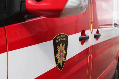 Kaksi henkilöautoa kolaroi Kalajoella valtatiellä 8