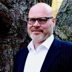"""""""Luontoarvoja kunnioittavaan, vastuulliseen matkailun kehittämiseen on tarve ja tahto kaikilla"""", kirjoittaa Hailuodon kunnanjohtaja Aki Heiskanen"""