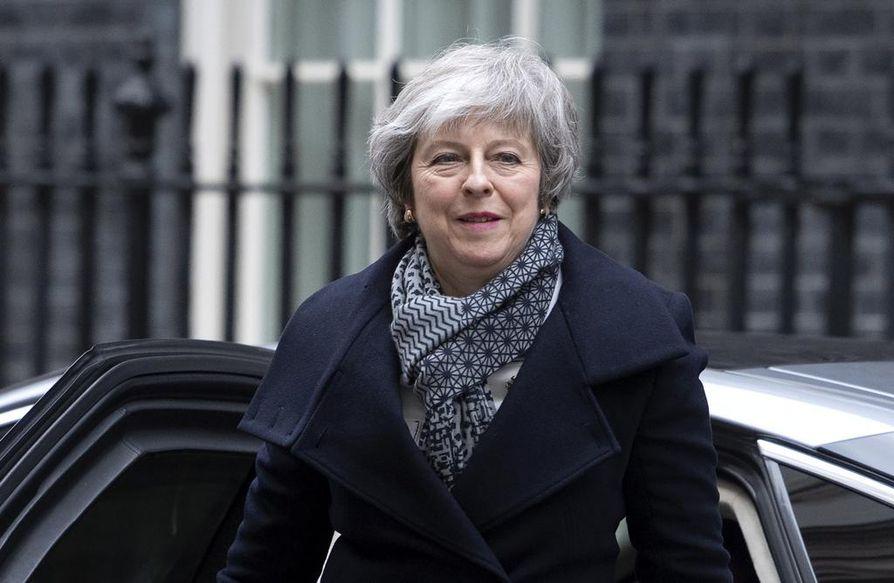 Margaret Thatcher, John Major ja David Cameron kaatuivat puolueen sisäisissä EU-mittelöissä. Theresa May voi olla seuraava uhri.