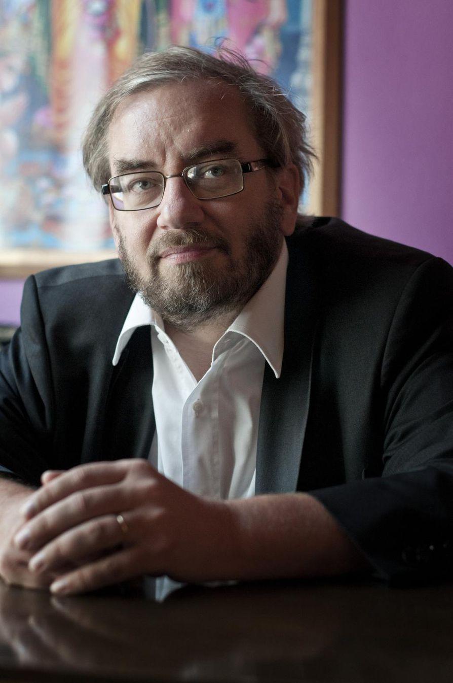 Jaakko Hämeen-Anttila toimii arabian kielen ja islamin professorina Edinburghin yliopistossa Skotlannissa.