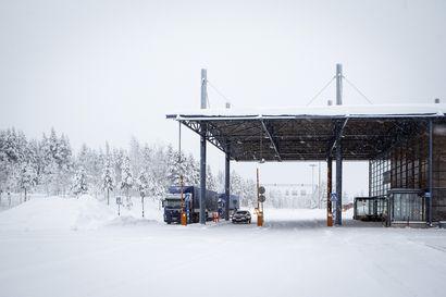 Sallan raja-asemalla oli vilkas viikonloppu: tarkastuksissa löydettiin kaksi etsintäkuulutettua ja sähkölamautin, myös sotavainajien jäänteitä palautettiin Venäjälle