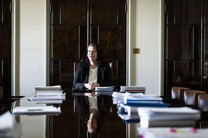 Perustuslakivaliokunta otti vastaan Haaviston esitutkinnan – Rikosnimikkeitä ei vahvisteta, ministerinä jatkamiselle ei juridista estettä