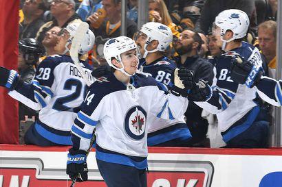 Ville Heinola laukoi uransa ensimmäisen NHL-maalin – joukkuetoveri Patrik Laineella kolmen pisteen ilta