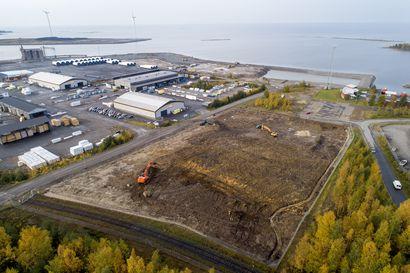 Raahen satamassa valmistaudutaan jo ensi kesään: varastokenttiin on investoitu pari miljoonaa
