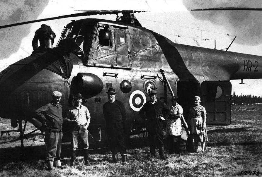 Anjaa etsittiin Muonion Kerässiepissä myös helikopterilla.