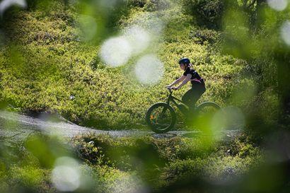 Polkujuoksusta tunnettu Nuts tuo Rukalle uuden maastopyöräilytapahtuman, jossa kilpaillaan yksin tai tiiminä 6–12 tuntia – Hupiralli-sarjassa matkan voi taittaa vaikka jopolla