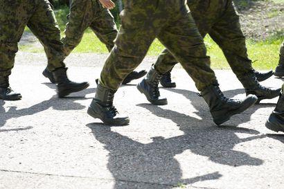 12 000 uutta alokasta aloittaa palveluksen loppiaisena – Maavoimissa palveluksen aloittaa noin 9 800 alokasta