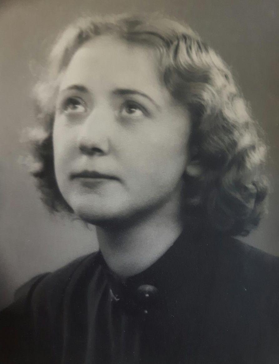 Dagny Carlsson 27-vuotiaana vuonna 1939.