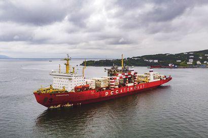 Maailman ainoa ydinvoimalla kulkeva rahtilaiva seilaa Suomenlahdella lauantaina - Stuk ei ole saanut ilmoitusta Sevmorputin tulosta.