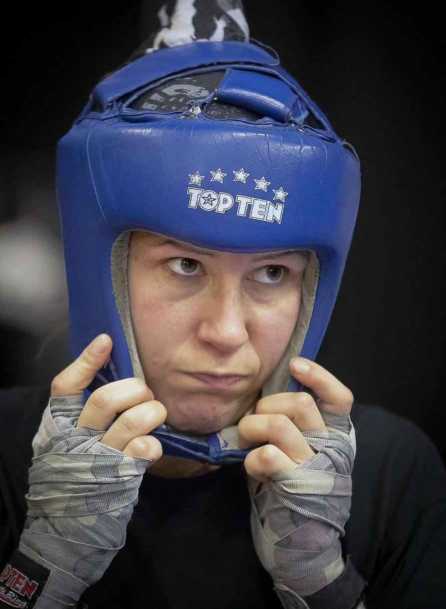 Oululaisen Steel Ring -tallin ykkösiskijän ammattilaisura huipentuu 14. joulukuuta Karlsruhessa, kun hän iskee maailmanmestaruudesta.