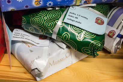 Joulukampanjalla hankitaan joululahjoja vähävaraisten perheiden lapsille Pyhäjoella