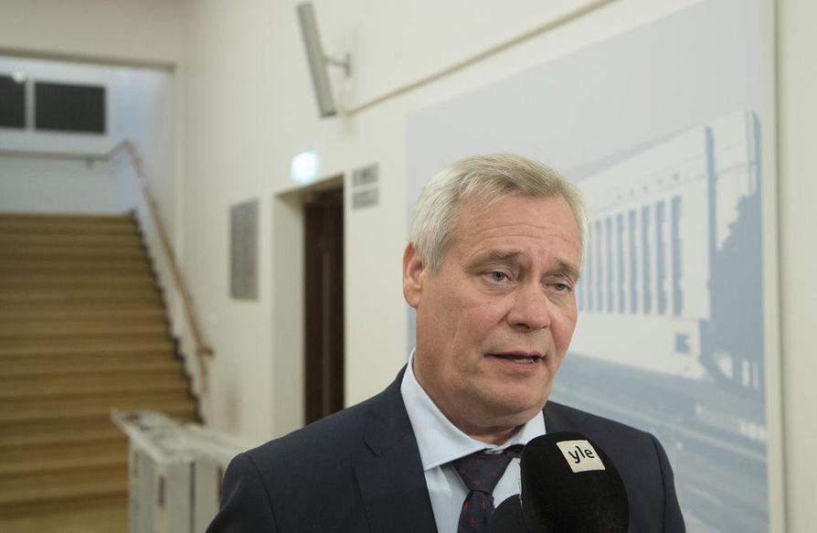 Sdp:n puheenjohtaja Antti Rinne sanoo, että hän ymmärtää hyvin pienten yritysten huolet.