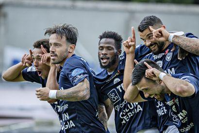 """Dennis Salanovic oli liian nopea myös FC Interin puolustajille –""""En itsekään tiedä mitä oikein tapahtuu, mutta tämä paikka on juuri nyt suosikkipaikkani Oulussa"""""""