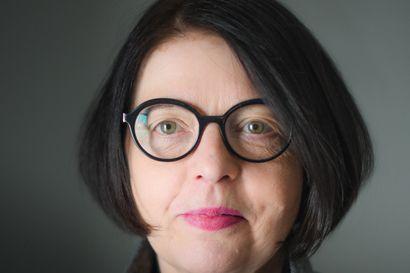 Paula Suomisen kolumni: Vanha rouva antaa kasveille valtaa - kamppailu kasvien kanssa on opettanut nöyryyttä ja iloa