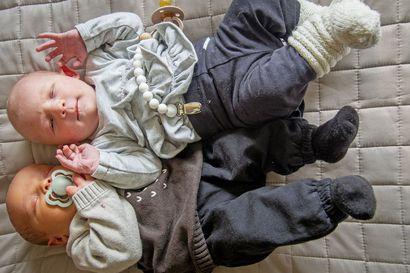 Serkukset syntyivät samana päivänä – äidit lapsineen jakoivat vielä saman huoneenkin synnyttäneiden osastolla
