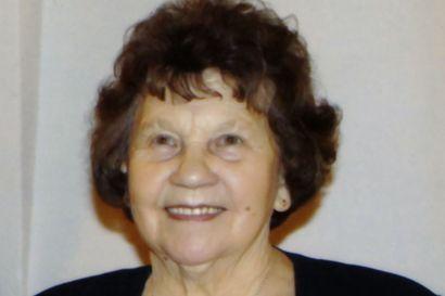 """Muistokirjoitus: Mummomme Lilli Hannus  ehti elämässään paljon –""""Toivomme täydestä sydämestämme teidän kohdanneen vaarin kanssa jälleen ja iloitsevan yhdessä kuten ennen vanhaan Hannuksen pirtissä"""""""