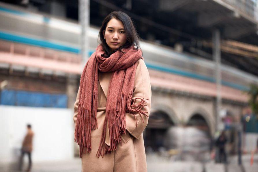 Japanilaisessa kulttuurissa seksuaalirikokset vaietaan usein kuoliaaksi. Shiori Ito päätti rikkoa hiljaisuuden kertomalla kokemuksestaan.