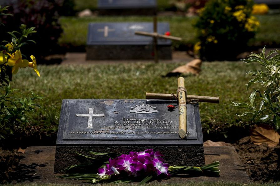 Ympäristöystävälliset hautaustavat säästävät hautapaikkoihin tarvittavaa maa-alaa.