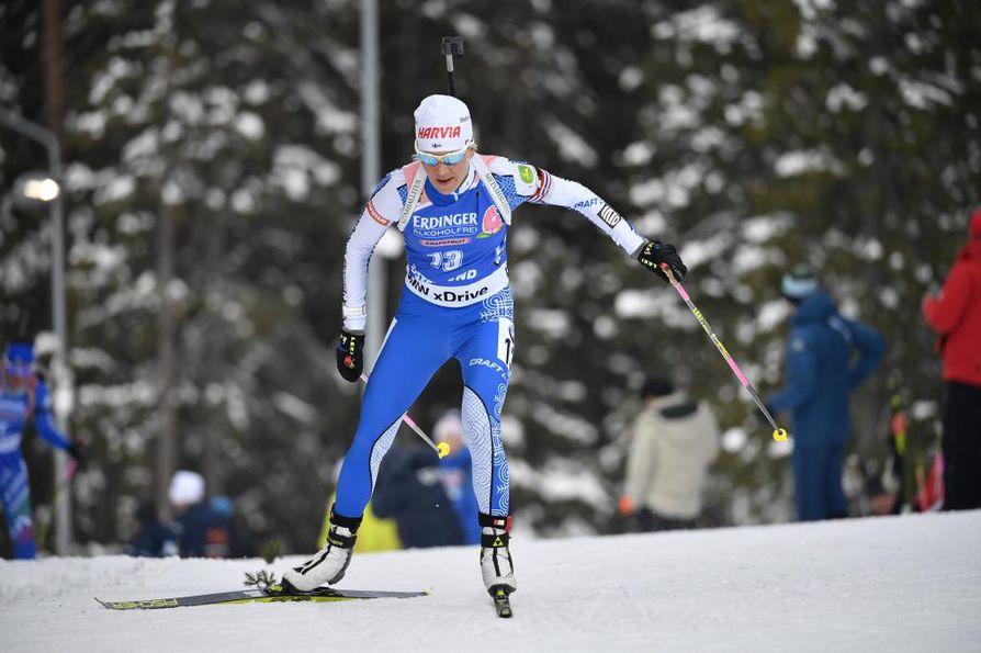 Kaisa Mäkäräinen jäi Tero Seppälän kanssa sijalle 12. Arkistokuva.